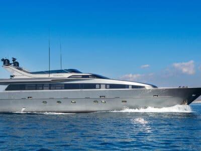 Luxury Motor Yacht SUMMER FUN main