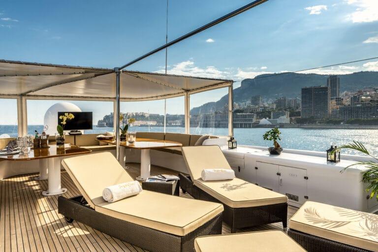 Luxury Motor Yacht SUPERFUN Sun Deck
