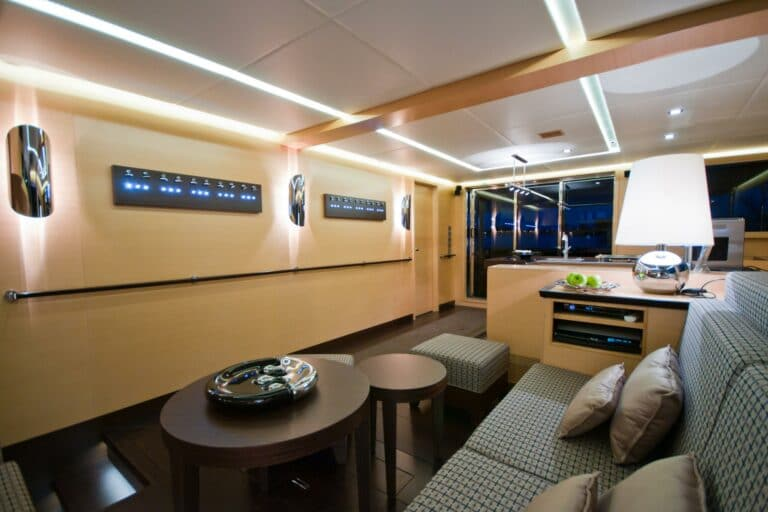 Sailing Catamaran IPHARRA Living space