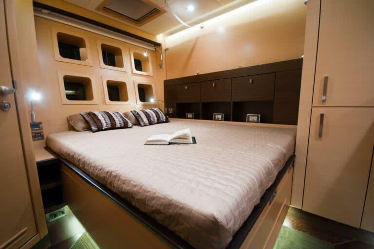Sailing Catamaran IPHARRA Master Cabin