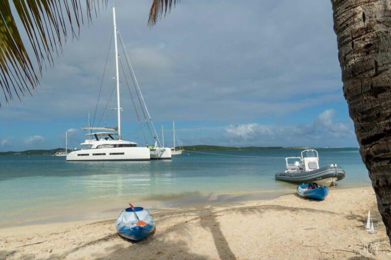 Sailing Yacht JOY - Lagoon 77 - Beach
