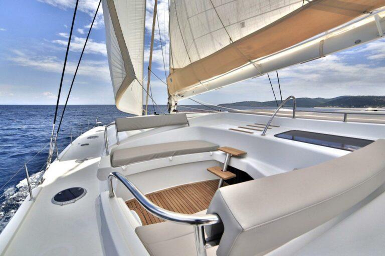 Flybridge 65 catamaran Fountaine Pajot WORLDS END for charter in Greek Islands