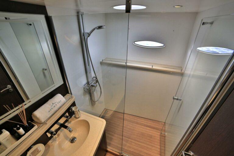 bathroom guest cabin on WORLDS END charter boat in Greece Mediterannean