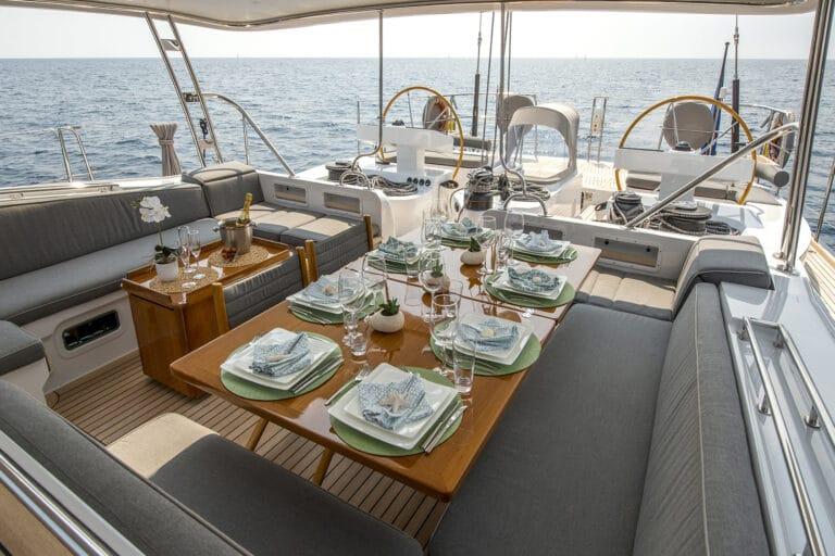 Sailing Yacht LADY 8 - Cockpit Dining