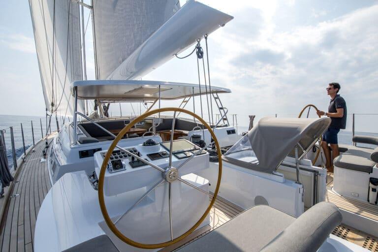 Sailing Yacht LADY 8 - Cruising from wheel