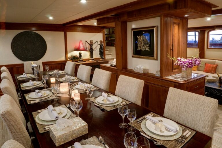 dinner table during charter Bali style Indonesia luxury
