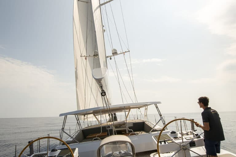 Luxury Yacht LADY 8 - From Aft