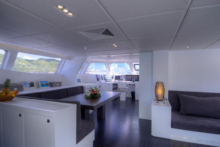 Luxury Catamaran LEVANTE - Living space