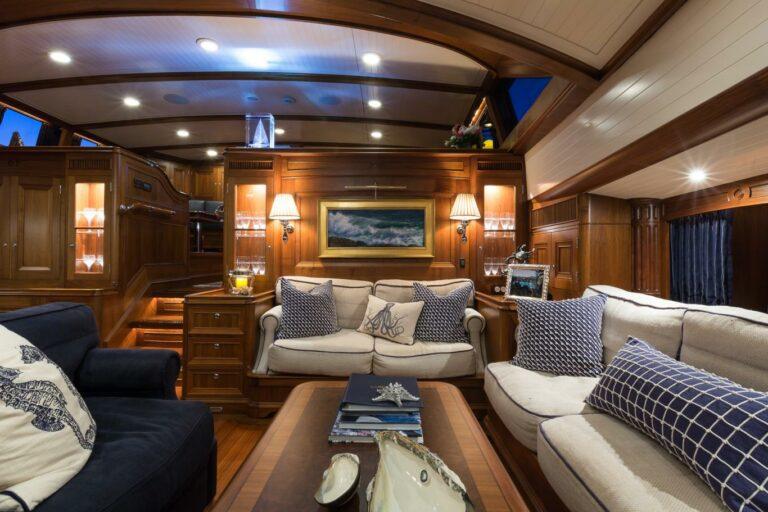 Luxury Sailing Yacht MARAE - Living spaces