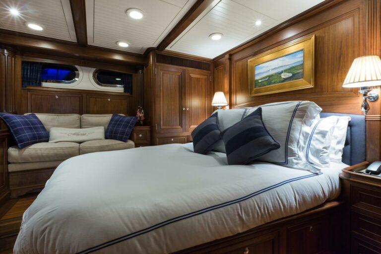 Luxury Sailing Yacht MARAE - Master cabin