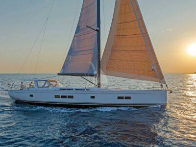 Luxury Yacht NADAMAS Sailing