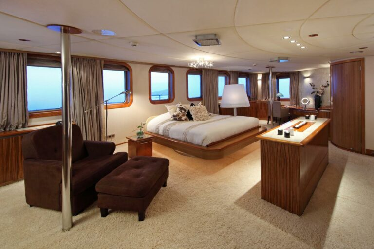 Master Cabin on MY SHERAKHAN motor yacht charter sale
