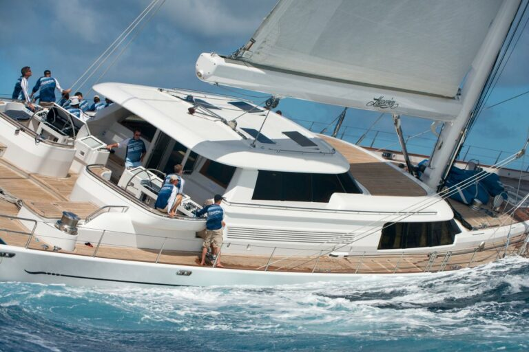 Luxury Sailing Yacht HYPERION - Regatta