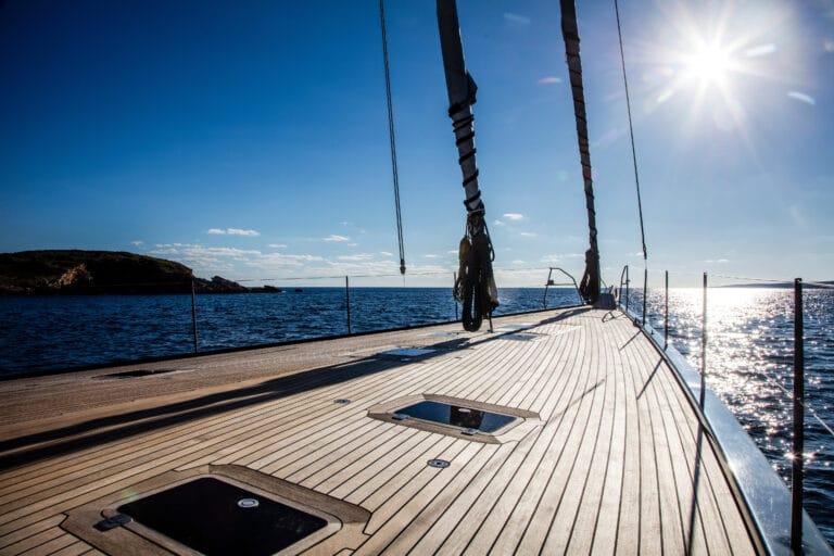 Blue Diamond front deck
