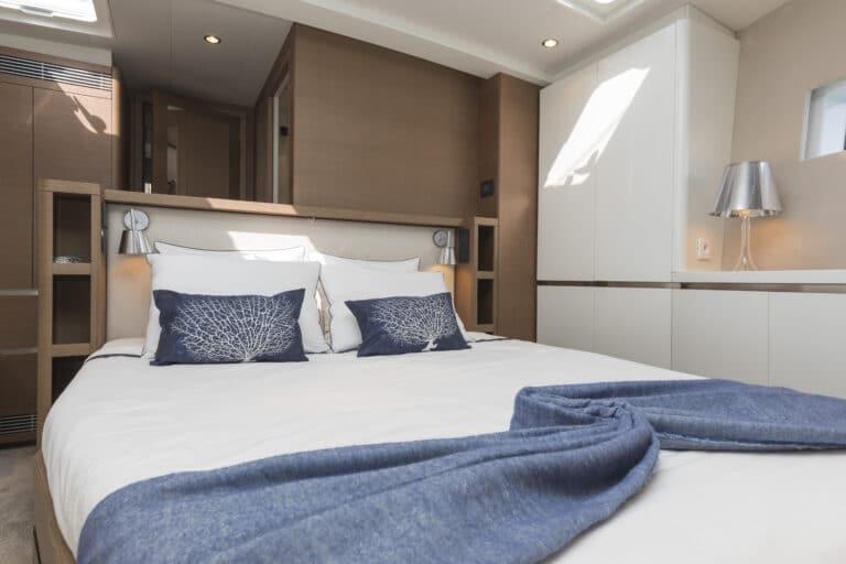 Luxury Yacht Allegro - Master Cabin