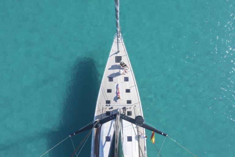 Luxury Yacht Allegro - Sun Deck Front