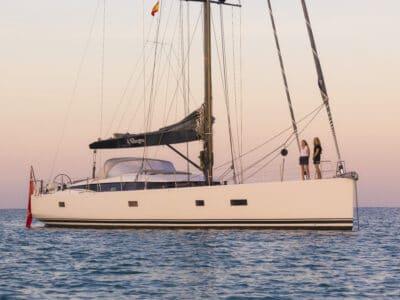 Luxury Yacht Allegro - Sunrise