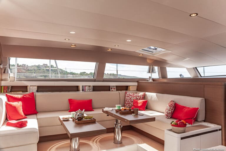 Spark - Luxury Sailing yacht - Saloon