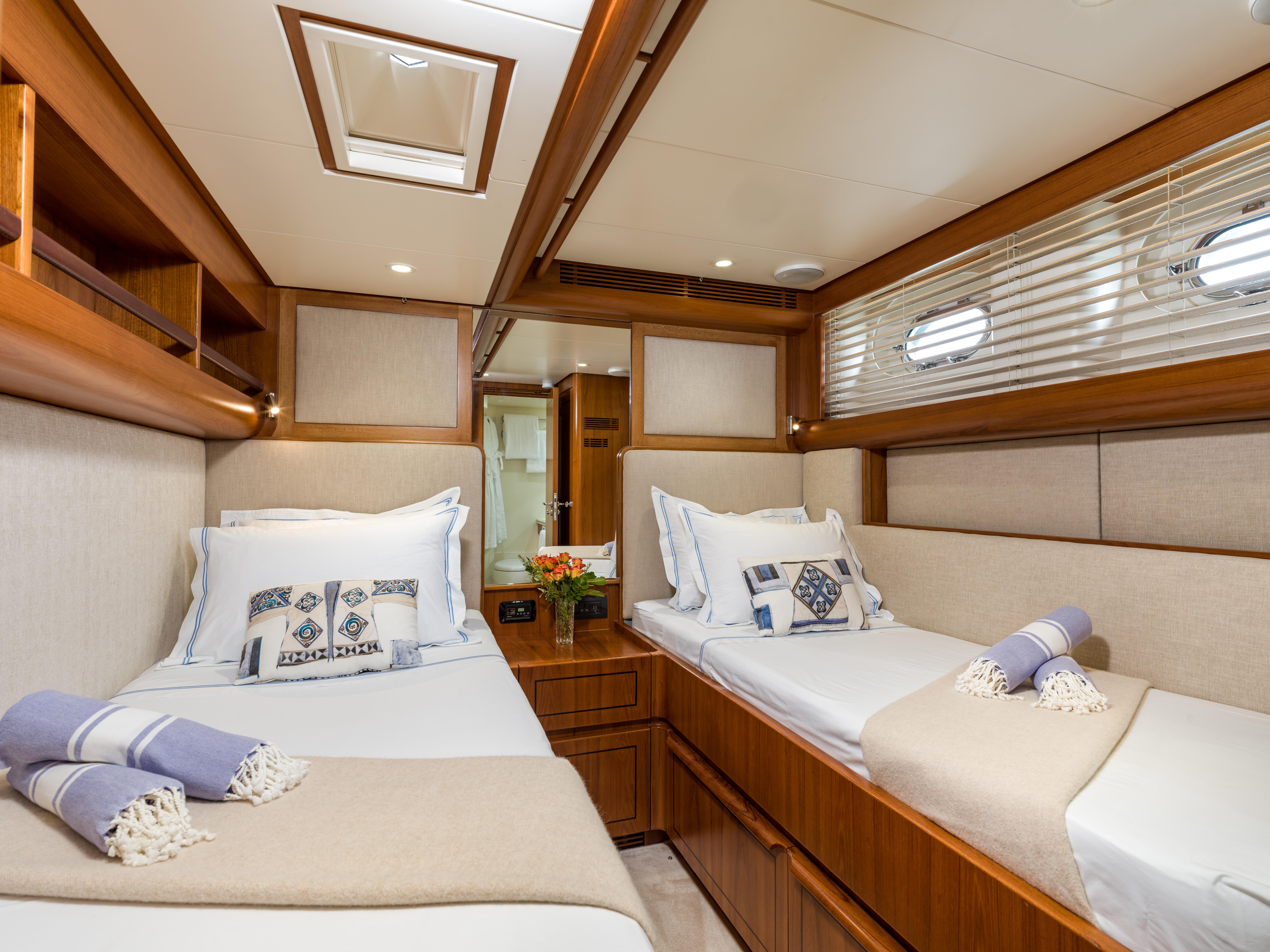 Vivid Jongert Sailing Yacht - Twin Cabin