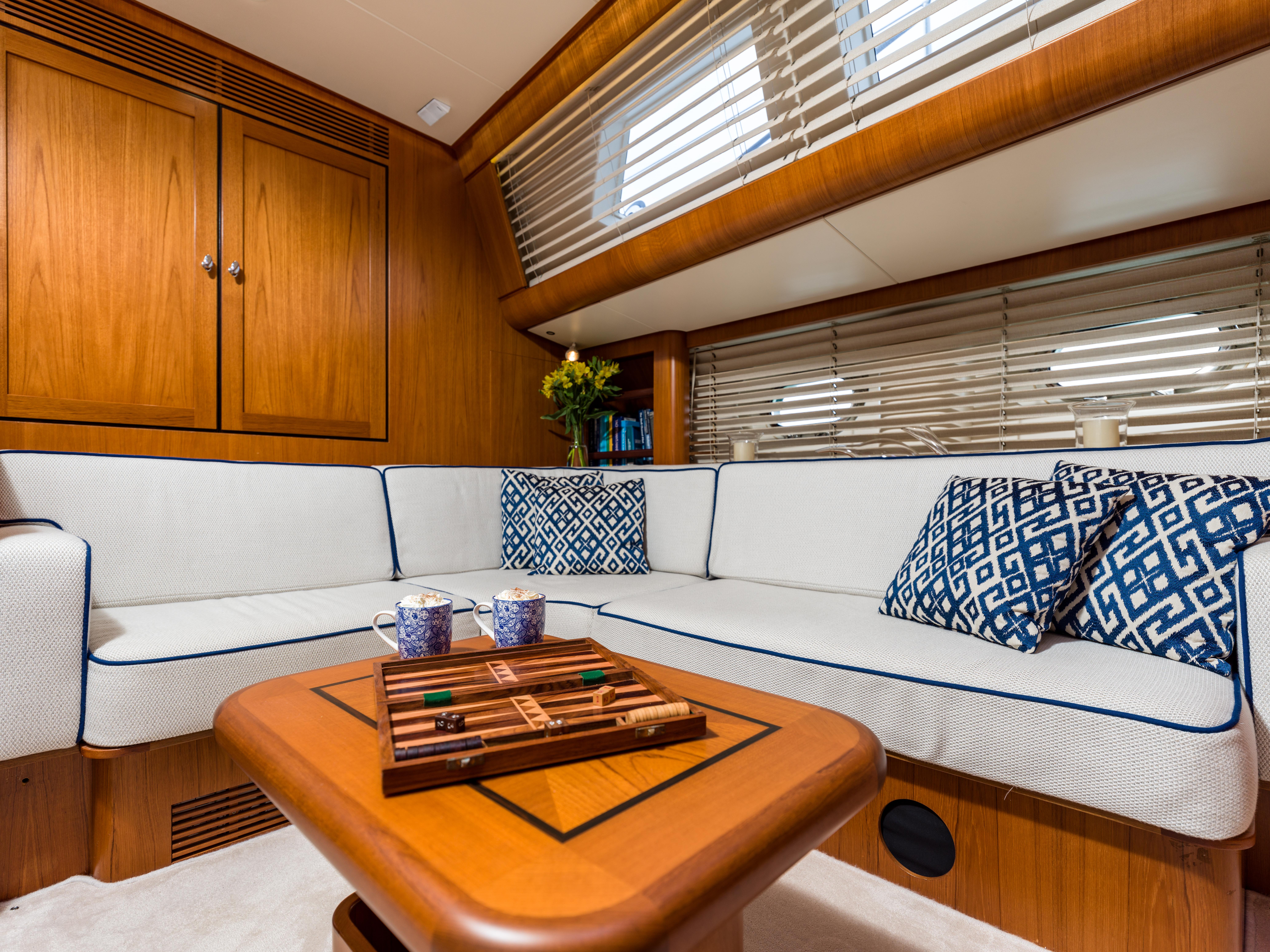 Vivid Jongert Sailing Yacht - Saloon
